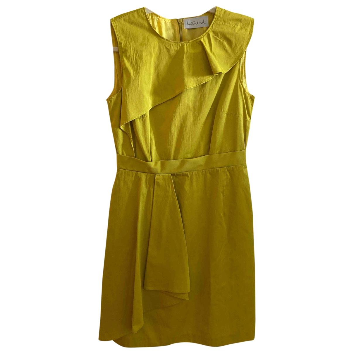 Intrend \N Kleid in  Gelb Baumwolle