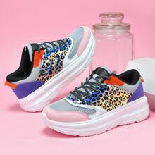 Sneakers mit Band vorn und Leopard Muster