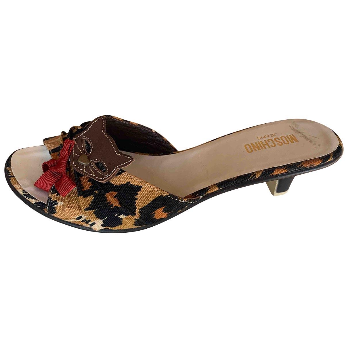 Moschino \N Sandalen in  Bunt Leinen