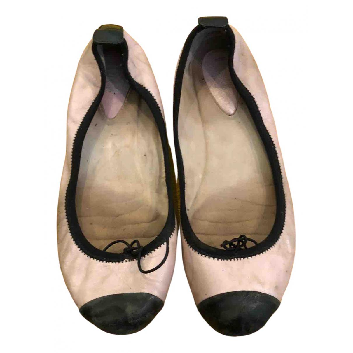 Bailarinas de Cuero Bloch