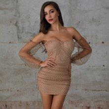 Double Crazy Figurbetontes Kleid mit Bischofaermeln, Punkten Muster und Netzstoff