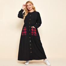 Kleid mit Karo Muster, Taschen Flicken und Knopfen vorn