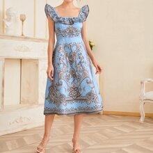 Jacquard Kleid mit quadratischem Kragen, Rueschenbesatz und Stamm Muster