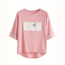 Rolled Sleeve Daisy Patch High Low T-shirt