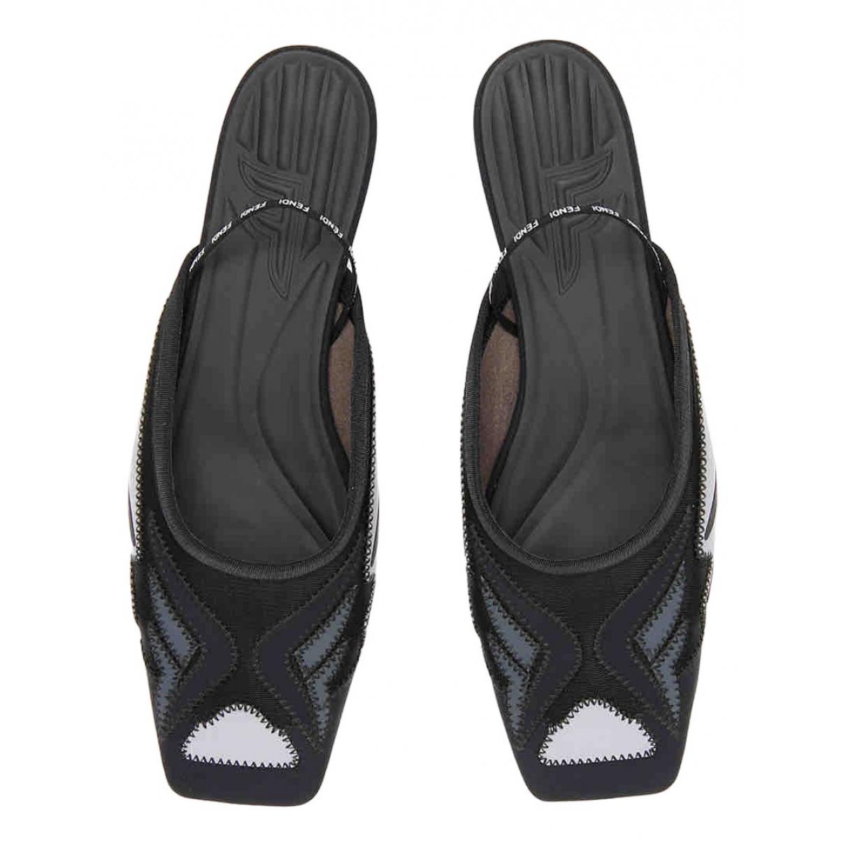 Fendi - Sandales   pour femme en suede - noir
