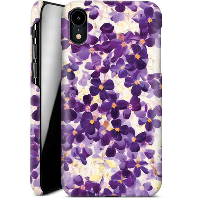 Apple iPhone XR Smartphone Huelle - Violet Bloom von Amy Sia
