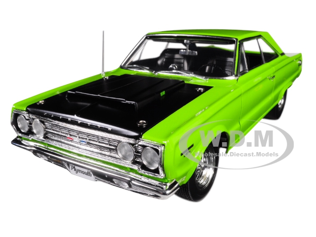 1967 Plymouth Belvedere GTX Limelight Green with Black Hood Limited Edition to 552 pieces Worldwide 1/18 Diecast Model Car by Acme