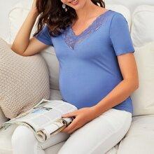 Maternity T-Shirt mit V Kragen und Spitze Detail