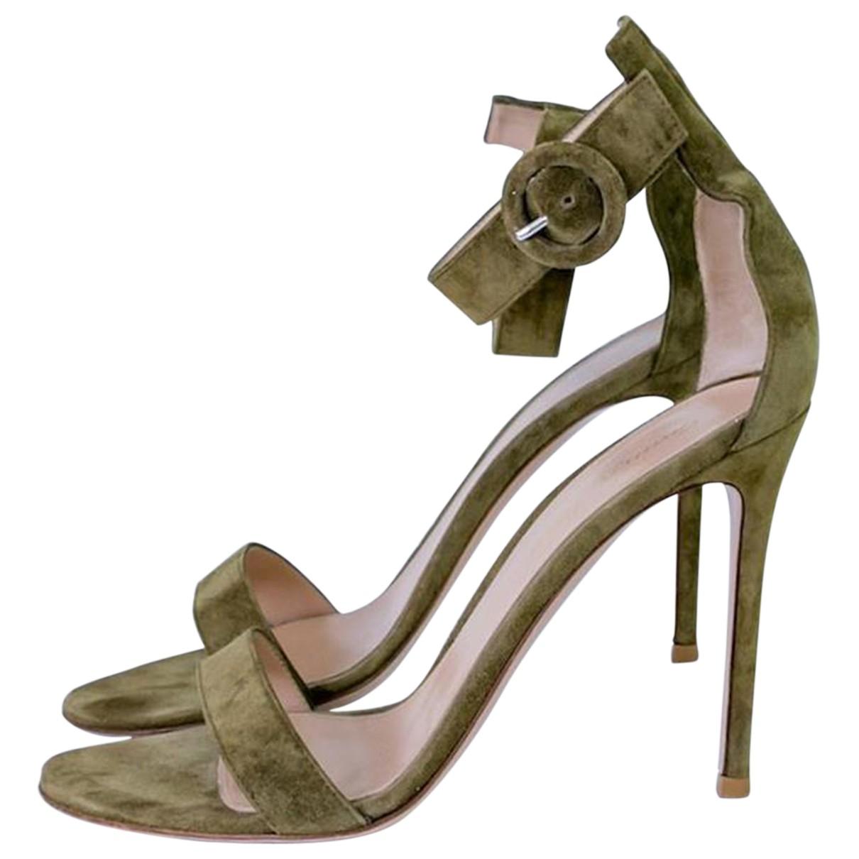 Gianvito Rossi - Sandales   pour femme en suede - vert