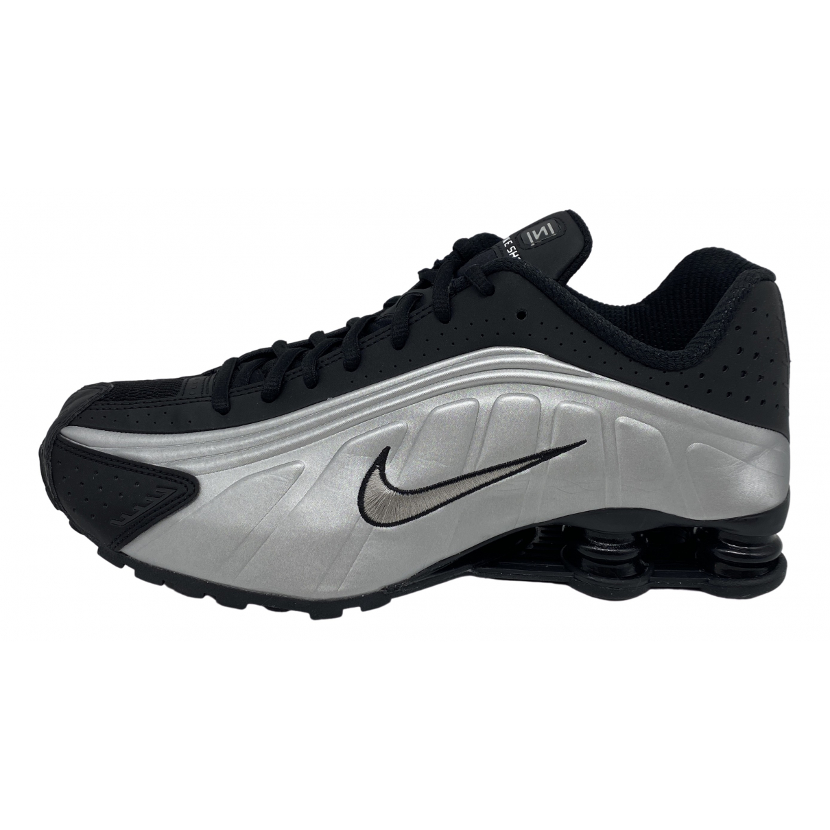 Nike Shox Metallic Leather Trainers for Men 39 EU