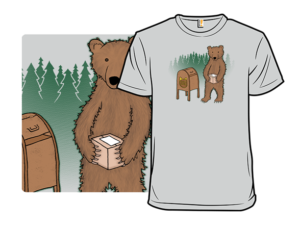 Does A Bear Ship In The Woods? T Shirt