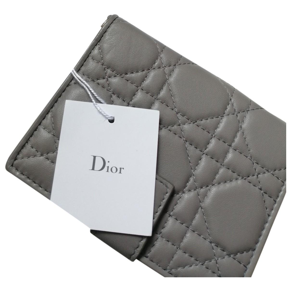 Dior Lady Dior Portemonnaie in  Grau Leder