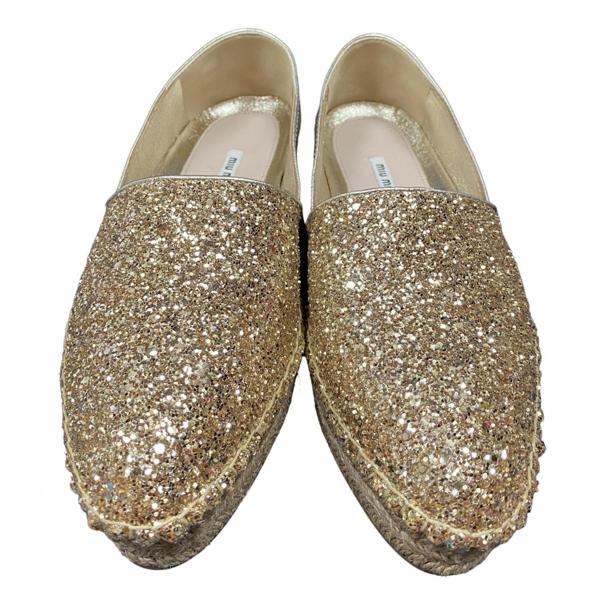 Miu Miu \N Ballerinas in  Gold Leder