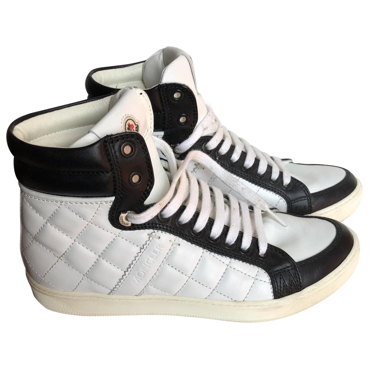Moncler \N Sneakers in  Weiss Leder