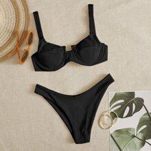 Gerippter Bikini Badeanzug mit Buegel und hohem Ausschnitt