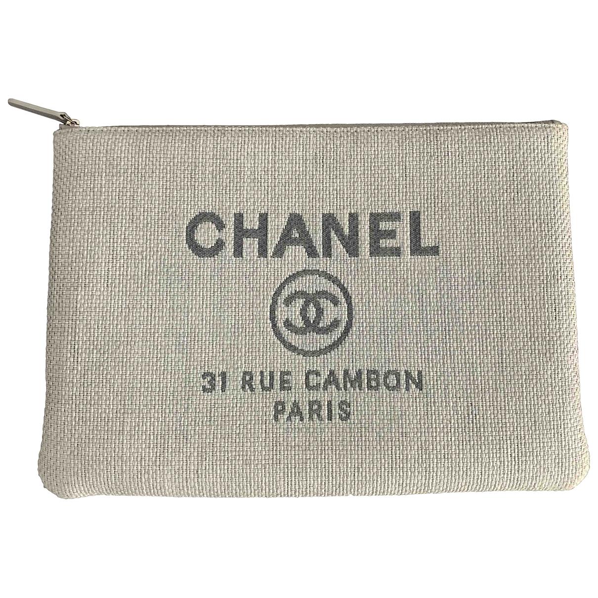 Pochette Deauville de Lona Chanel