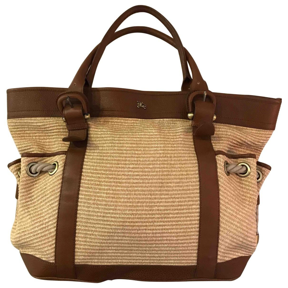 Burberry \N Handtasche in  Bunt Stroh