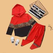 Capucha de color combinado de leopardo con pantalones