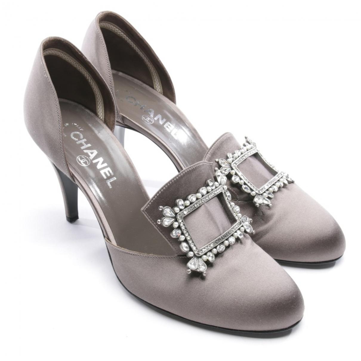 Chanel - Escarpins   pour femme en toile - gris