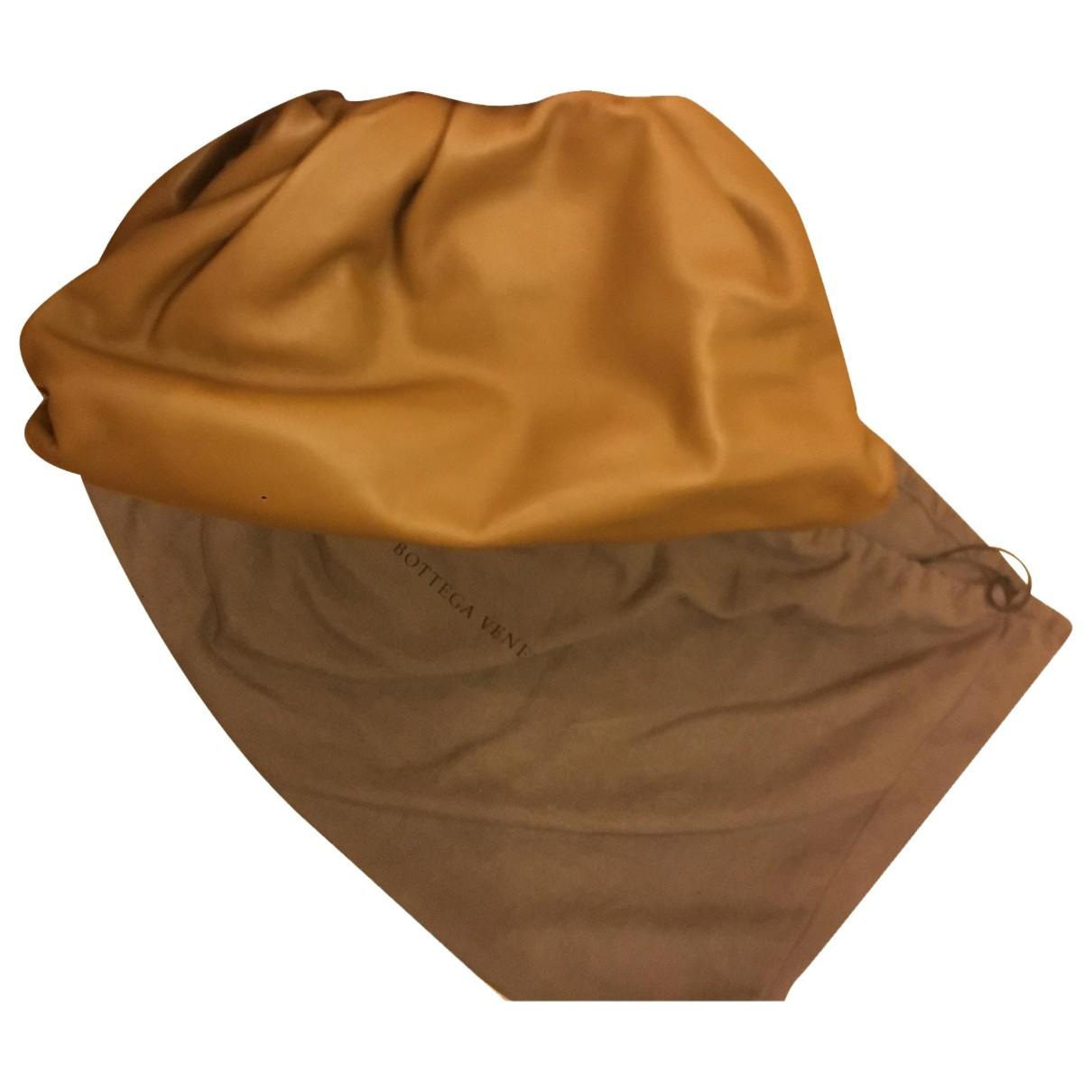 Bottega Veneta - Pochette Pouch pour femme en cuir - camel