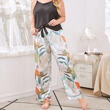 Satin Schlafanzug Set mit tropischem Muster