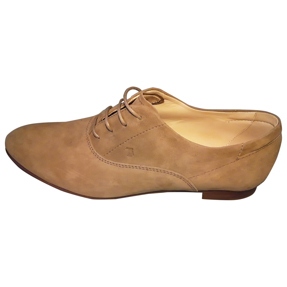 Tod's \N Beige Suede Lace ups for Women 38 EU