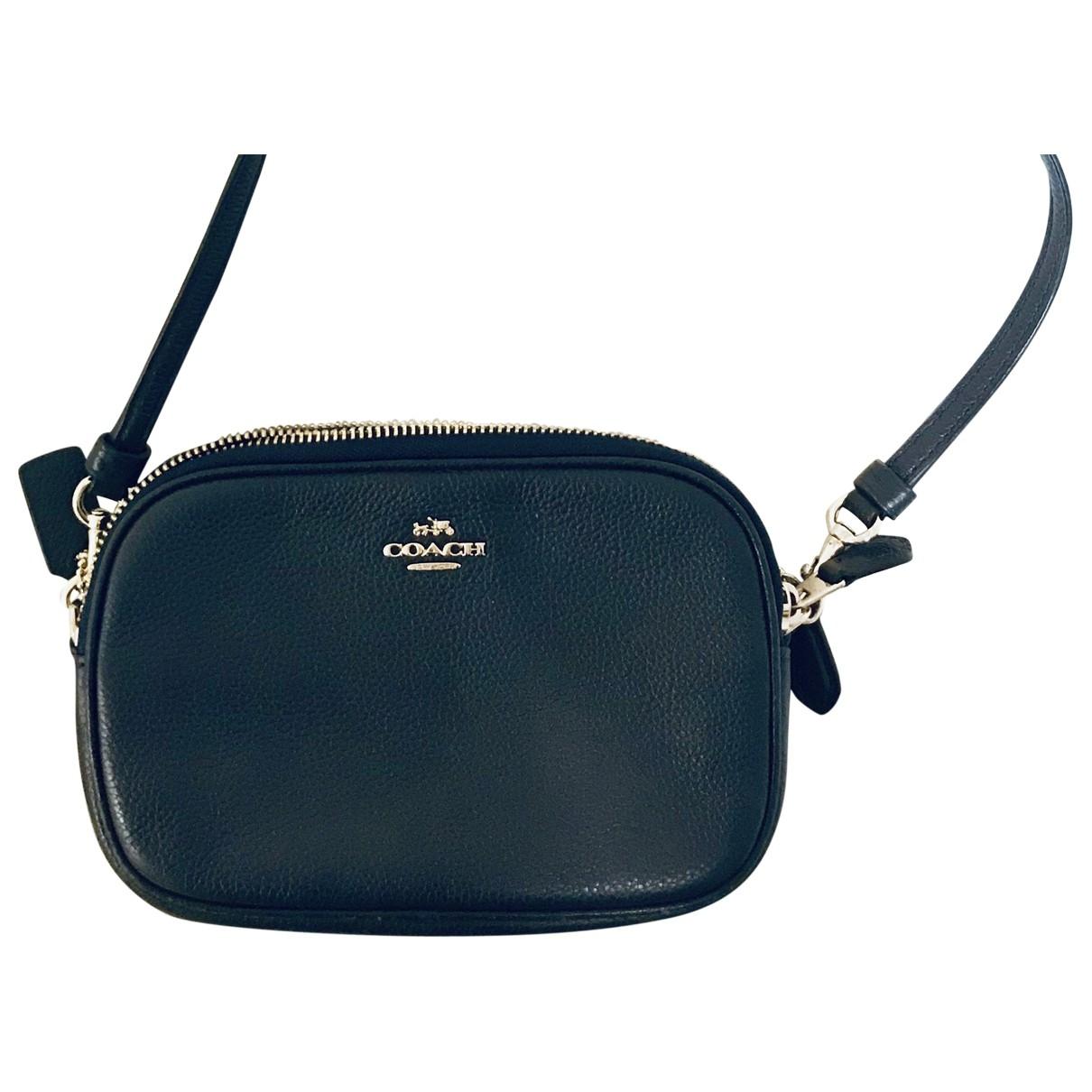 Coach \N Navy Leather Clutch bag for Women \N