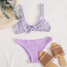 Bikini Badeanzug mit Blumen Muster und Knoten vorn