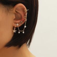 4 Stuecke Ohrringe mit Strass Detail und Stern Dekor