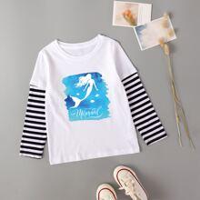 T-Shirt mit Buchstaben Grafik und Streifen an Ärmeln