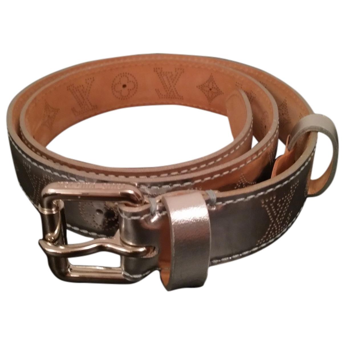 Louis Vuitton \N Silver Leather belt for Women 80 cm
