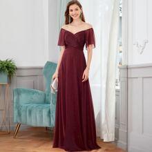 Schulterfreies Kleid mit Glitzer