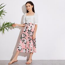 Girls Square Neck Solid Top & Floral Print Pleated Skirt Set