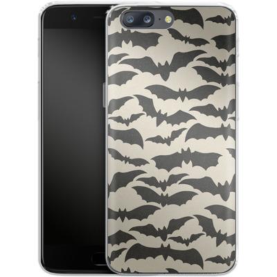 OnePlus 5 Silikon Handyhuelle - Bat Pattern von caseable Designs