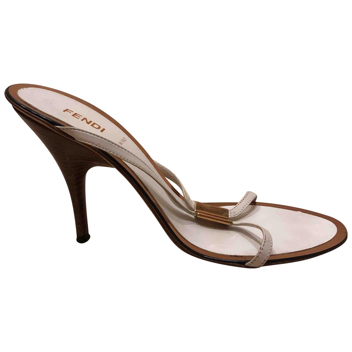 Fendi - Sandales   pour femme en cuir - blanc