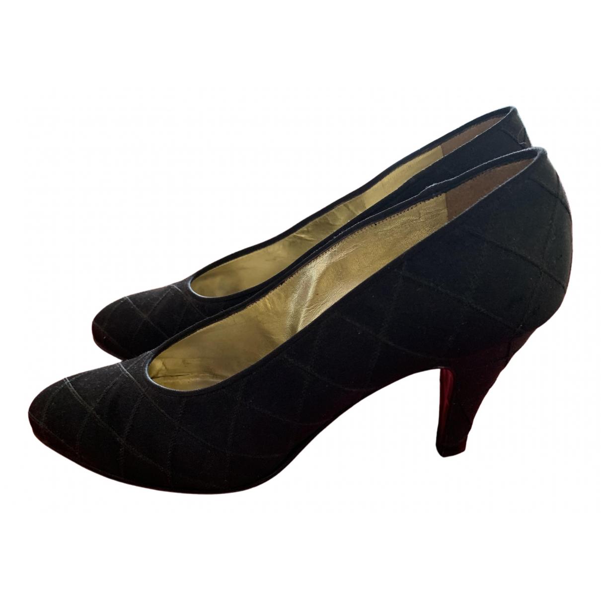 Chanel \N Black Cloth Heels for Women 39.5 EU