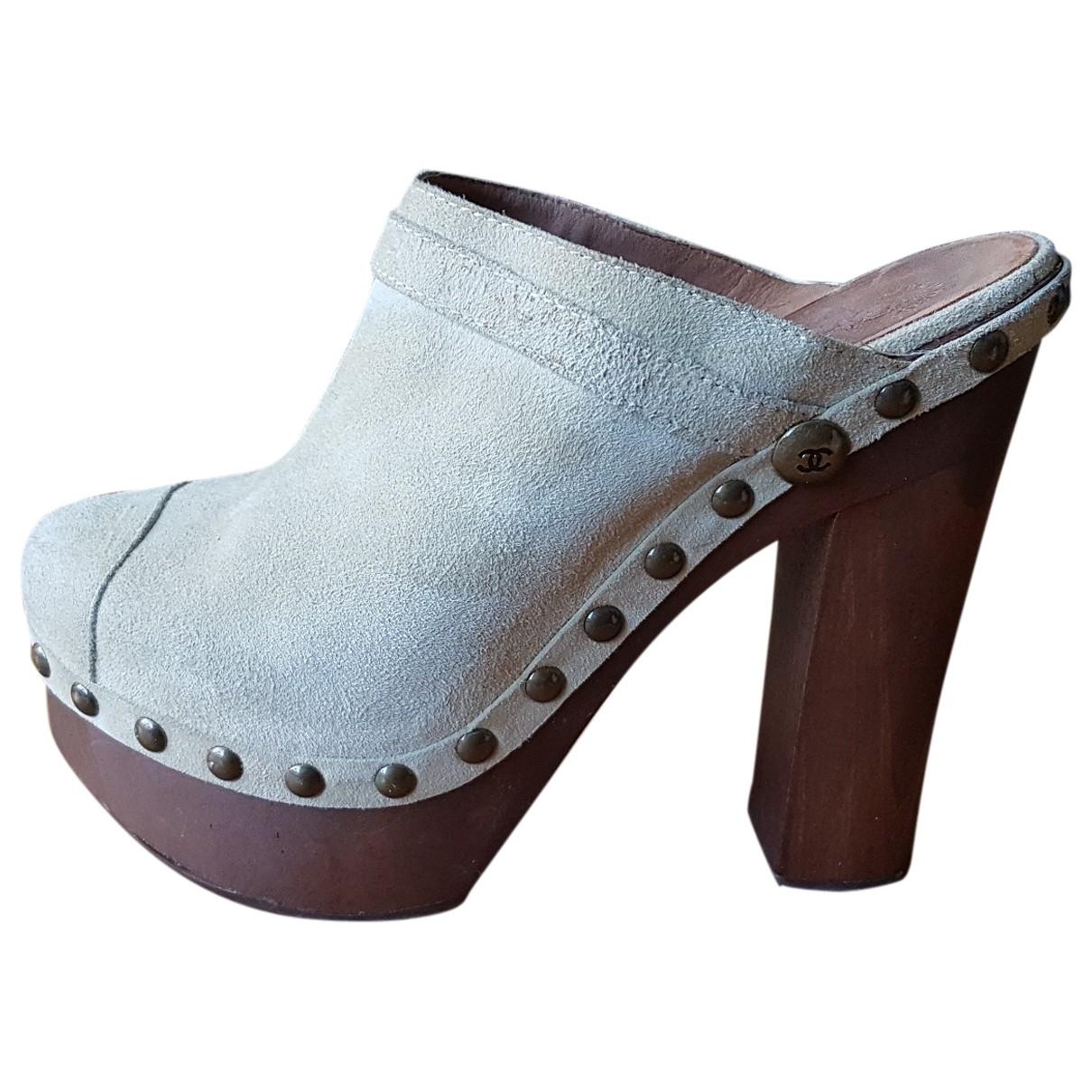 Chanel \N Beige Suede Mules & Clogs for Women 39 EU