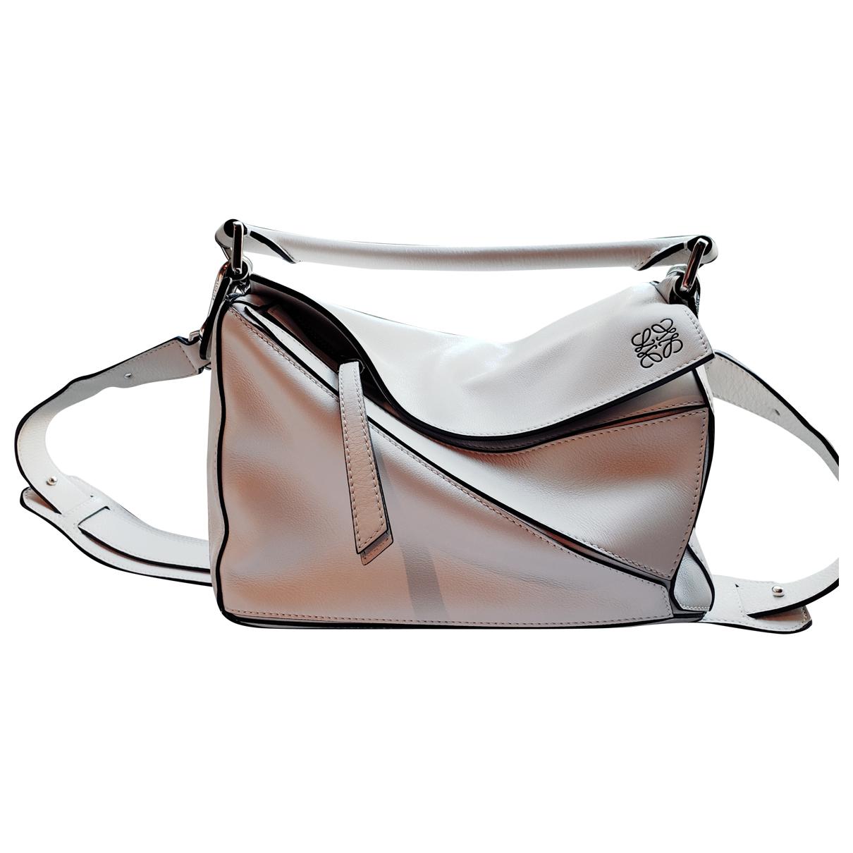 Loewe Puzzle  White Leather handbag for Women \N