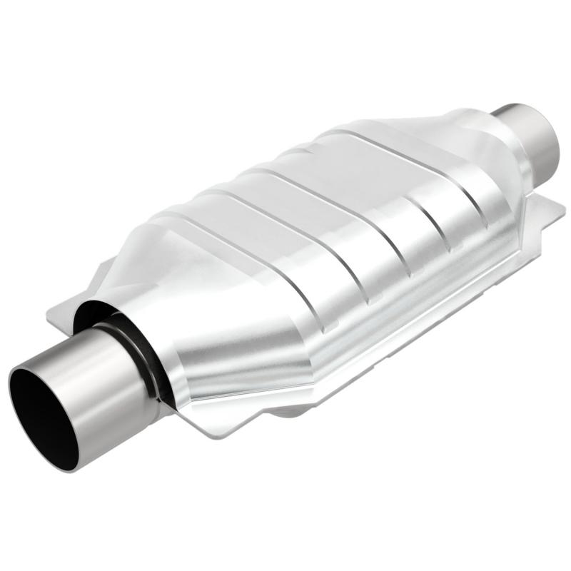 MagnaFlow 455006 Exhaust Products Universal Catalytic Converter - 2.50in. Cadillac Escalade Left 5.3L V8