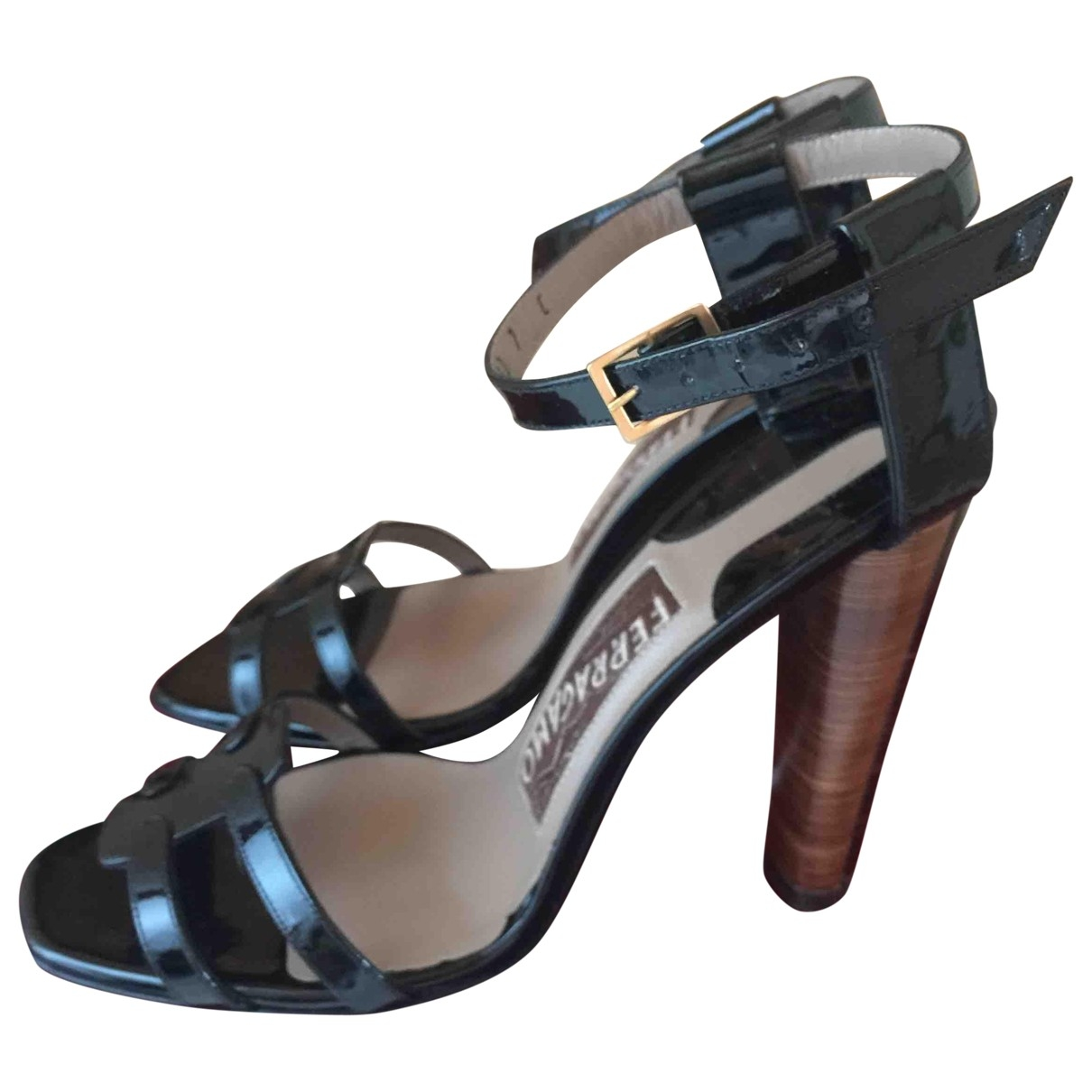 Salvatore Ferragamo \N Black Patent leather Sandals for Women 37.5 EU