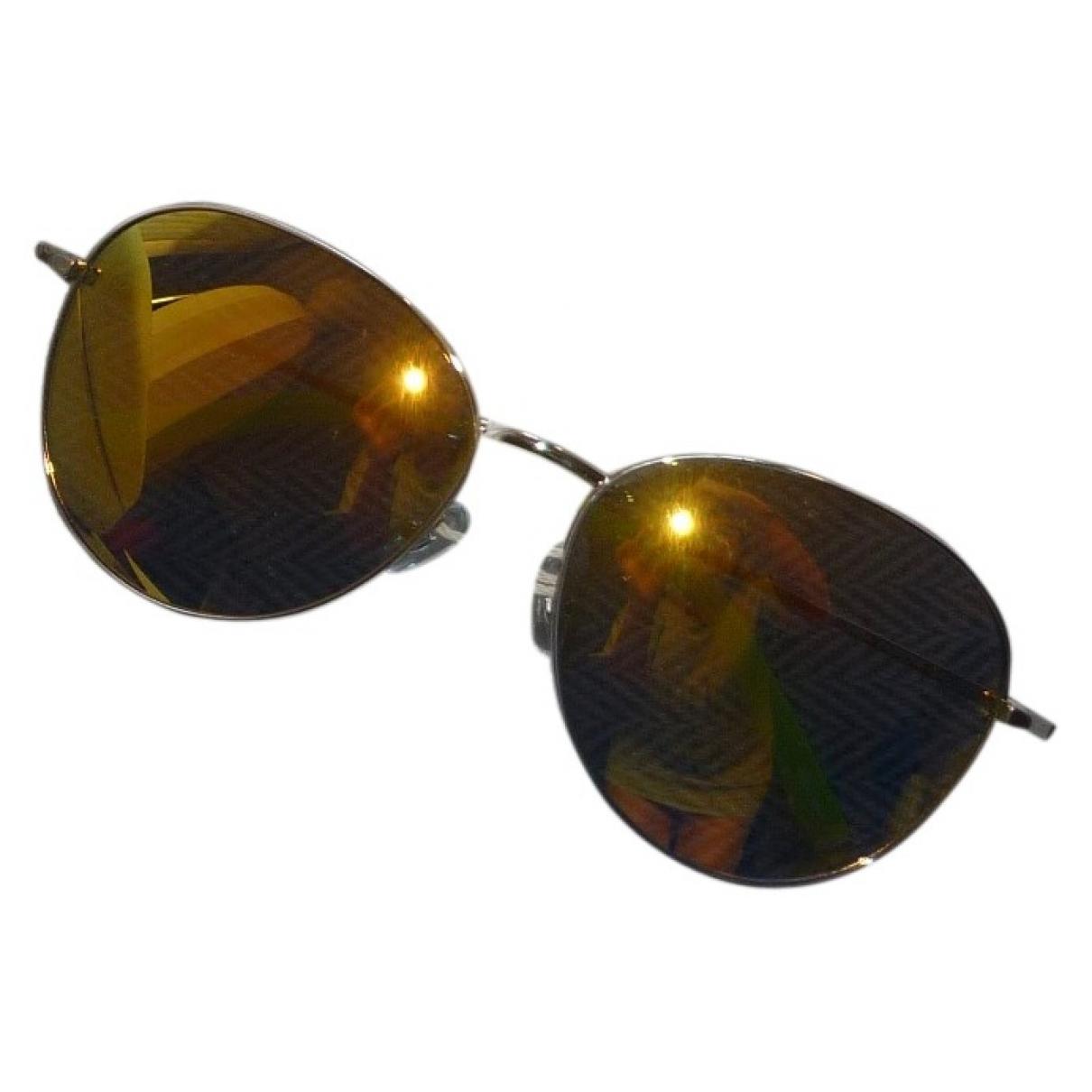 Linda Farrow \N Sonnenbrillen Gold
