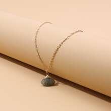 Halskette mit Stein Anhaenger