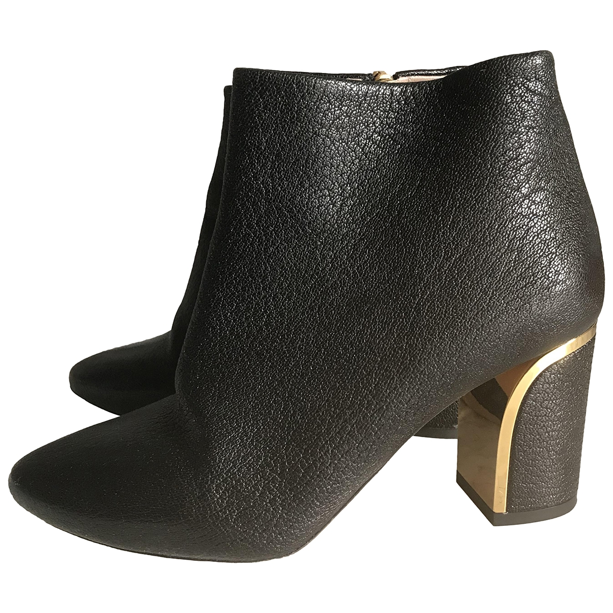 Chloé \N Black Leather Ankle boots for Women 35.5 EU