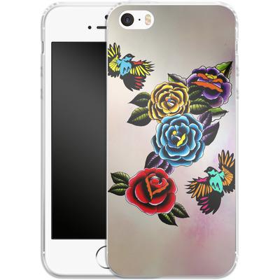 Apple iPhone 5 Silikon Handyhuelle - Tattoo Roses von Mark Ashkenazi
