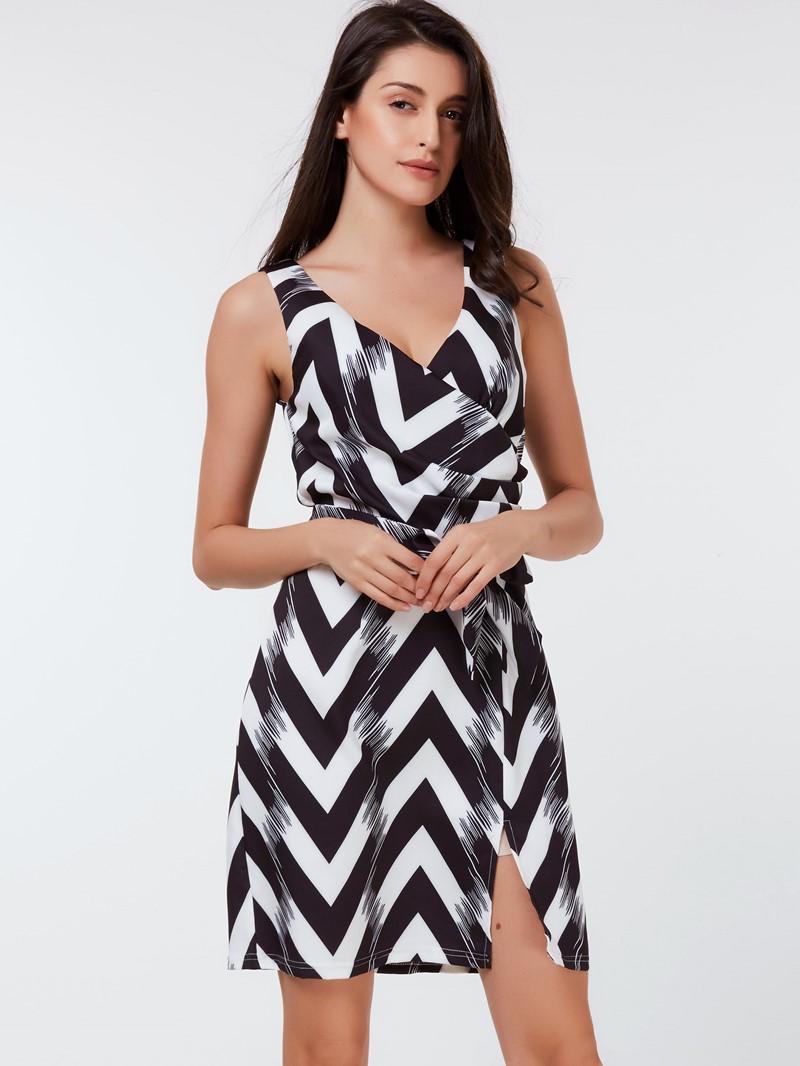 Ericdress Sleeveless Round Neck Knee-Length Mid Waist Bodycon Dress