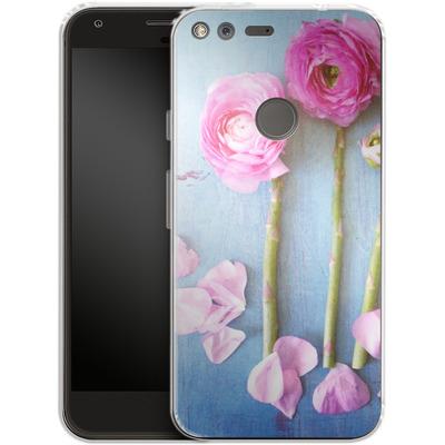 Google Pixel XL Silikon Handyhuelle - Cottage Flowers von Joy StClaire