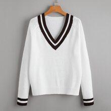 Pullover mit V-Kragen, Streifen und Raglanaermeln