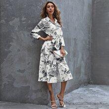 Shirt Kleid mit Blumen Muster, Knopfen vorn und Guertel