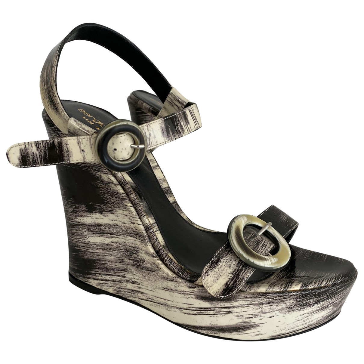 Sergio Rossi \N Grey Patent leather Sandals for Women 37 EU
