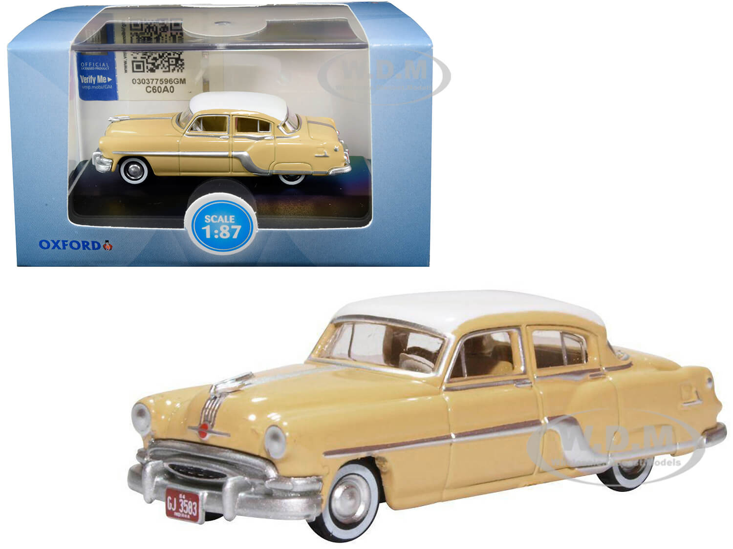 1954 Pontiac Chieftain 4 Door Maize Yellow with Winter White Top 1/87 (HO) Scale Diecast Model Car by Oxford Diecast